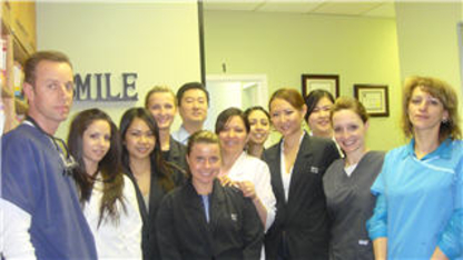 Bathurst College Dentistry - Dentists - 416-925-0154
