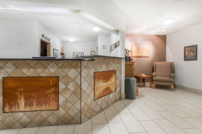 Dauphin Super 8 - Out-of-Town Hotels & Motels