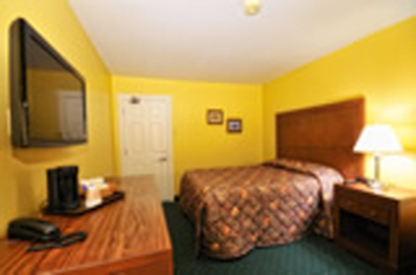 Driftwood Inn - Out-of-Town Hotels & Motels