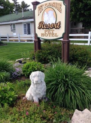 Pet Pleasure Resort - Pet Grooming, Clipping & Washing - 705-945-1049