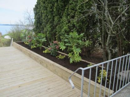 Carmanah Landscaping Ltd - Landscape Contractors & Designers - 250-474-7085