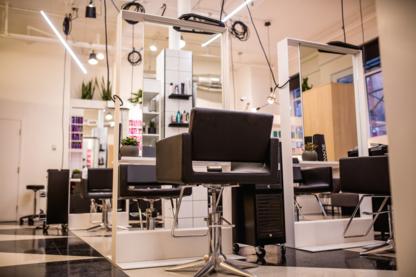 View Salon Panache's Montréal profile
