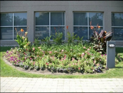 Ground Force Landscaping & Design Inc - Landscape Contractors & Designers - 905-625-5005