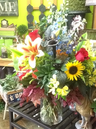 Dutch Touch Florist - Florists & Flower Shops - 403-271-4157
