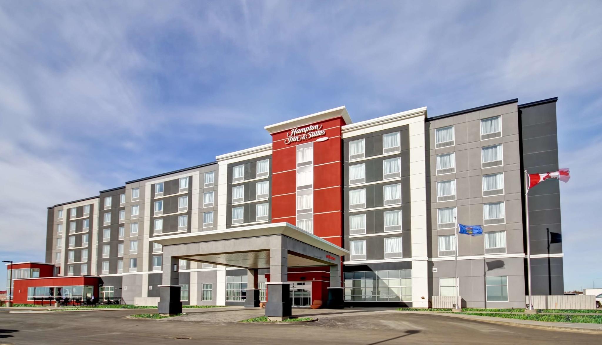 Hampton Inn & Suites by Hilton Medicine Hat - Hôtels