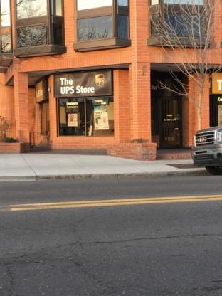 The UPS Store - Imprimeurs