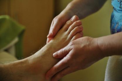 Massothérapie Isabelle Pirro - Massage Therapists - 450-660-4426