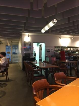 Stella's Cafe - Restaurants