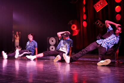 Studio Funky Steps - Cours de danse - 514-574-0240