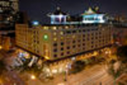 View Holiday Inn Montreal Centreville Downtown's Delson profile