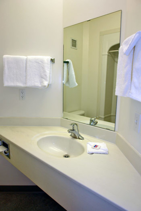 Home Inn Express Medicine Hat - Hotels