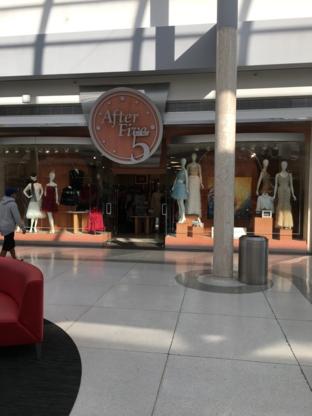 After Five Fashion - Magasins de vêtements pour femmes - 604-261-0133