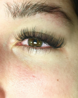 Faux Lash & Beauty Bar - Hairdressers & Beauty Salons - 604-363-4211