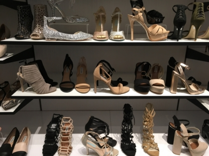 700d5698b31 ... Steve Madden - Shoe Stores - 514-844-0377