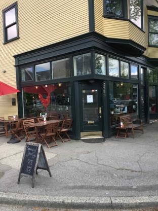 Commercial Street Cafe - Restaurants