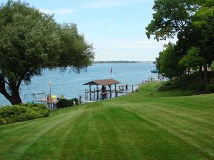 Freshcut Lawn Care & Landscaping - Landscape Contractors & Designers - 519-312-6603