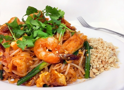 Mali Thai Restaurant - Asian Noodle Restaurants - 604-876-4444