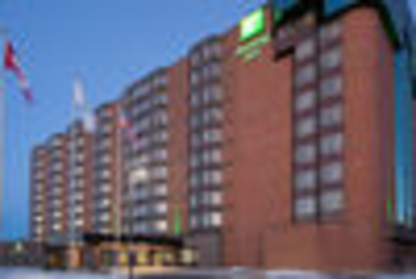 View Holiday Inn Ottawa East's Val-des-Monts profile