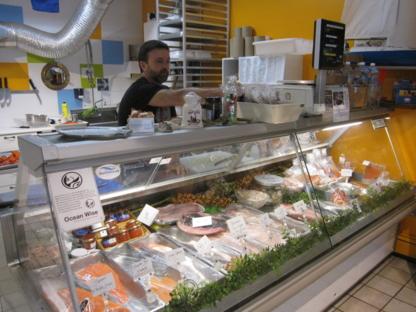 Poissonnerie Fou des Iles - Fish & Seafood Stores - 514-656-1593