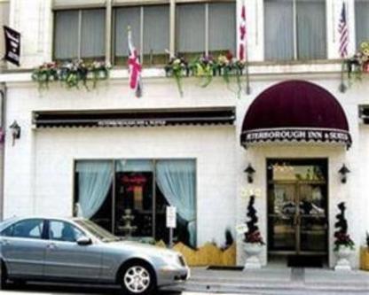 Peterborough Inn & Suites Hotel - Hôtels - 705-876-6665