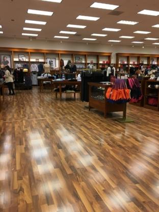 Brooks Bros Factory Store - Administration et planification de successions - 403-265-4550