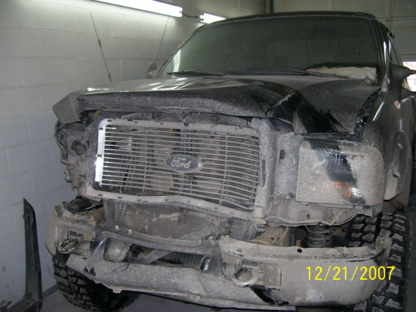 Riverside Collision - Auto Body Repair & Painting Shops - 250-374-5650