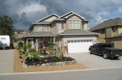 Homescapes By Design Ltd - Building Contractors - 780-214-3222