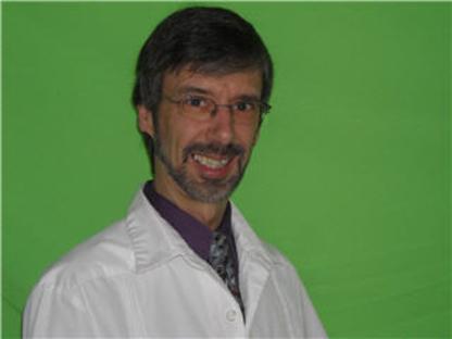 Marc Chevalier Denturologiste -Clinique Dentaire Saint-Jacques - Traitement de blanchiment des dents - 450-754-4013