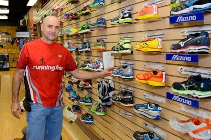Running Free Sport Ajax - Sporting Goods Stores - 905-426-2200