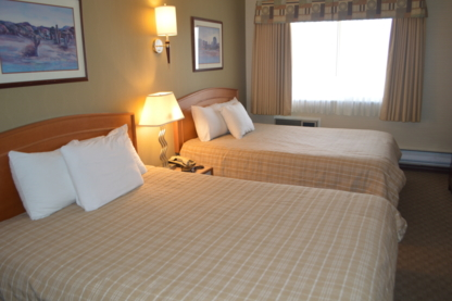 Canadas Best Value Inn & Suites - Hotels - 250-374-8100
