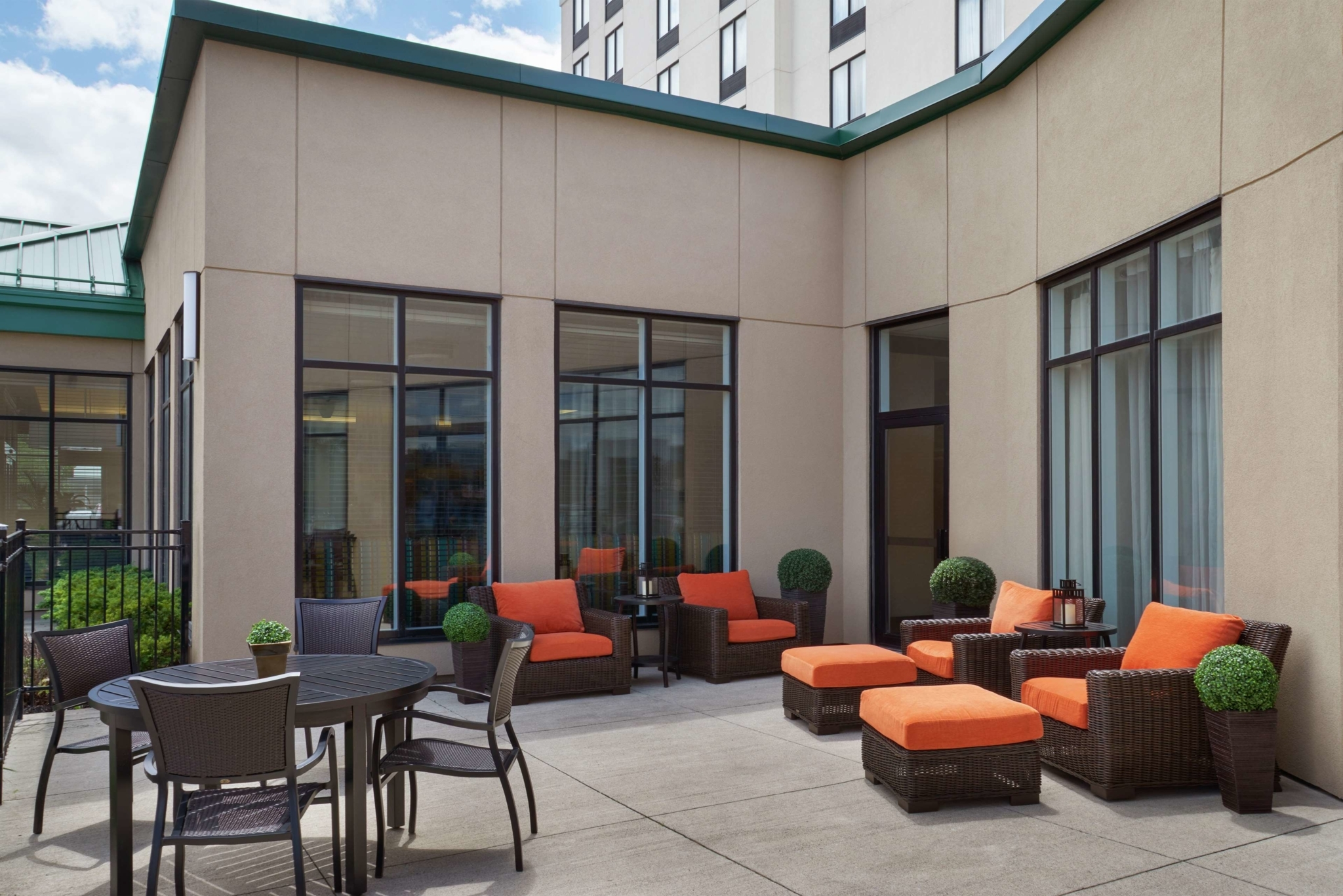 Hilton Garden Inn Toronto Airport West/Mississauga - Hotels
