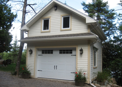 Portes De Garage Elliot - Rénovations - 514-358-6749