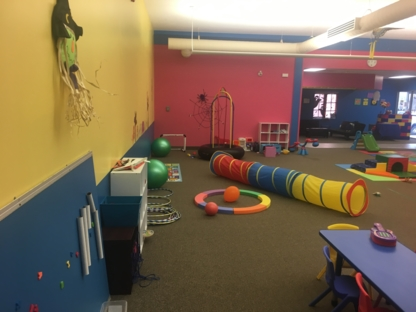 Sophie's Place Children's Activity Centre - Garderies - 506-863-8419