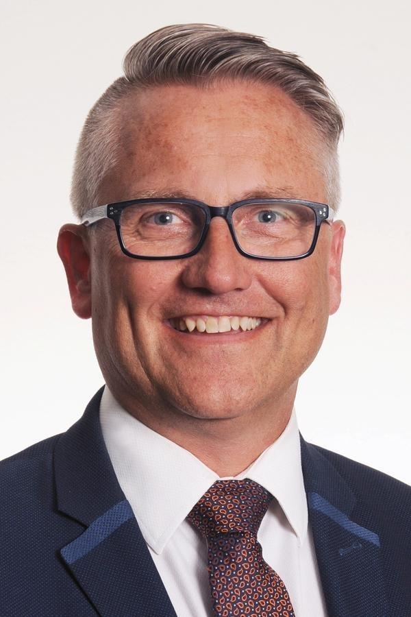 Edward Jones - Financial Advisor: Rob Hislop, CFP® - Investment Advisory Services