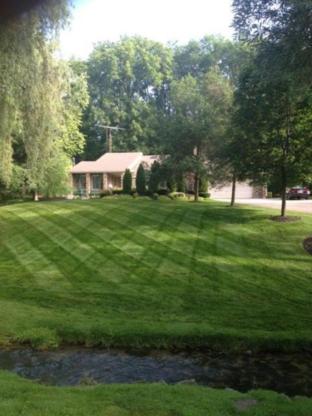 Bladerunner Inc. - Landscape Contractors & Designers - 519-589-5577