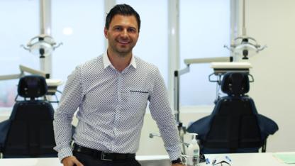 Dr Serge Yacoub - Dentistes - 514-255-7553