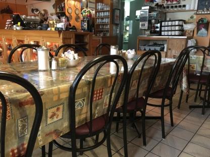 Restaurant Des-Monts - Crêperies - 819-326-8830
