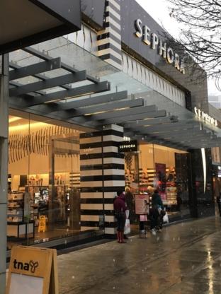 SEPHORA - Cosmetics & Perfumes Stores