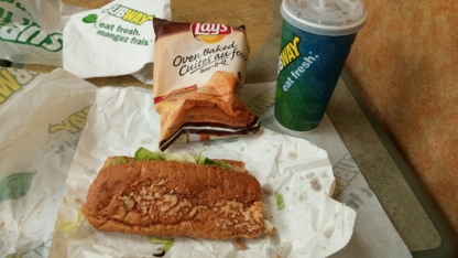 Subway - Restaurants - 416-863-1212