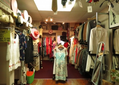 Breathless Vintage - Second-Hand Stores - 416-886-6107