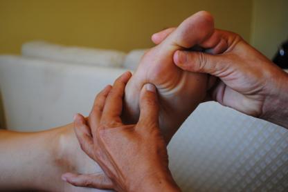 Massage de Réflexologie Intégrale - Massage Therapists - 514-910-3336