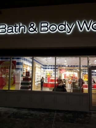 Bath & Body Works Canada - Cosmetics & Perfumes Stores - 450-420-1549