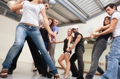 Ecole De Danse Guylain Cyr - Dance Lessons - 819-243-2673