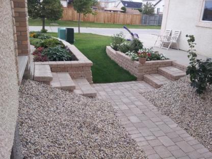 Earthworks Landscaping - Landscape Contractors & Designers - 204-955-6622