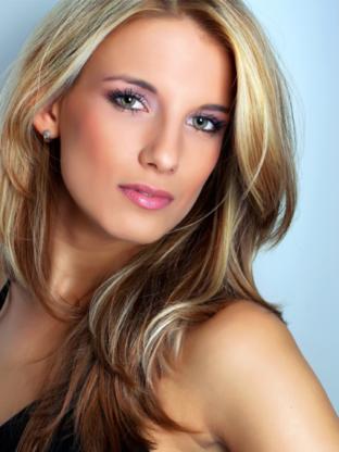 L A Hair Design - Salons de coiffure et de beauté - 905-832-2590
