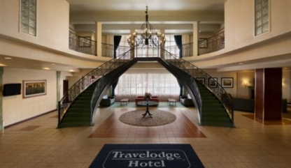 Travelodge Hotel Montreal Airport - Hôtels - 514-733-8818
