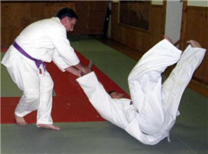 Voir le profil de Academy of Martial Arts Tankyushin - Blackburn Hamlet