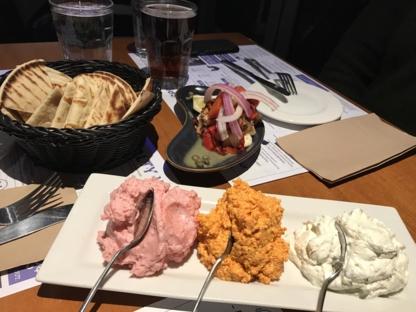 Souvlaki Bar - Restaurants - 450-934-1631