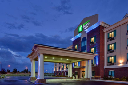 Holiday Inn Express & Suites Medicine Hat Transcanada Hwy 1 - Hotels