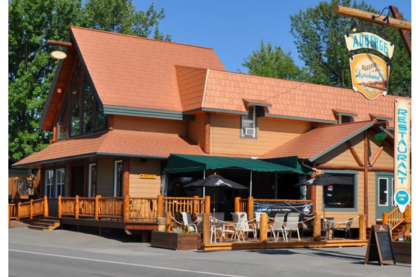 Auberge du Marchand - Hotels - 418-759-3766